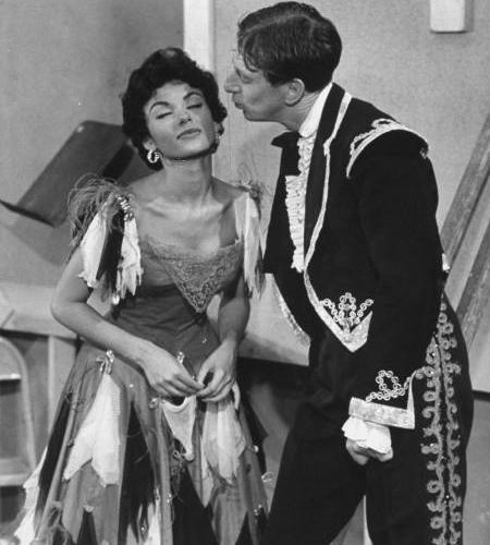 Rita Moreno e Ray Bolger, novembro de 1953
