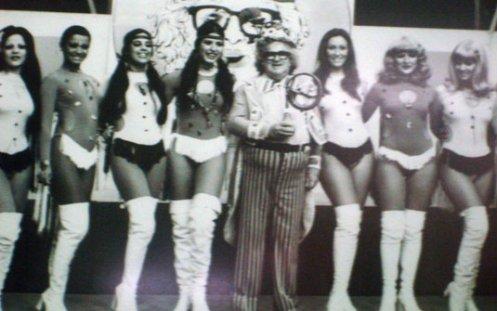 Chacrinha e suas chacretes, década de 70