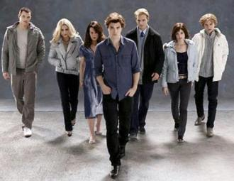 Pattinson e elenco de Crepúsculo