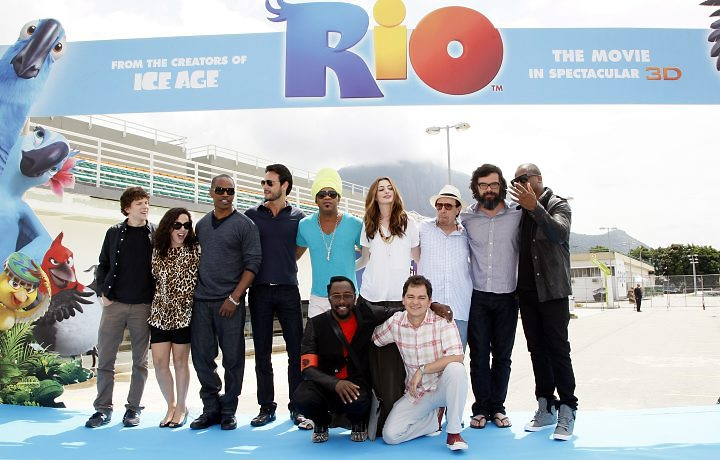 http://cinemagia.files.wordpress.com/2011/03/filmeelenco_cult_rio_filme.jpg