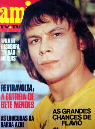 José Wilker na capa da revista Amiga