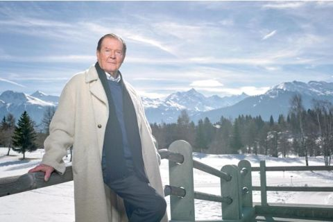 Roger Moore, 2015